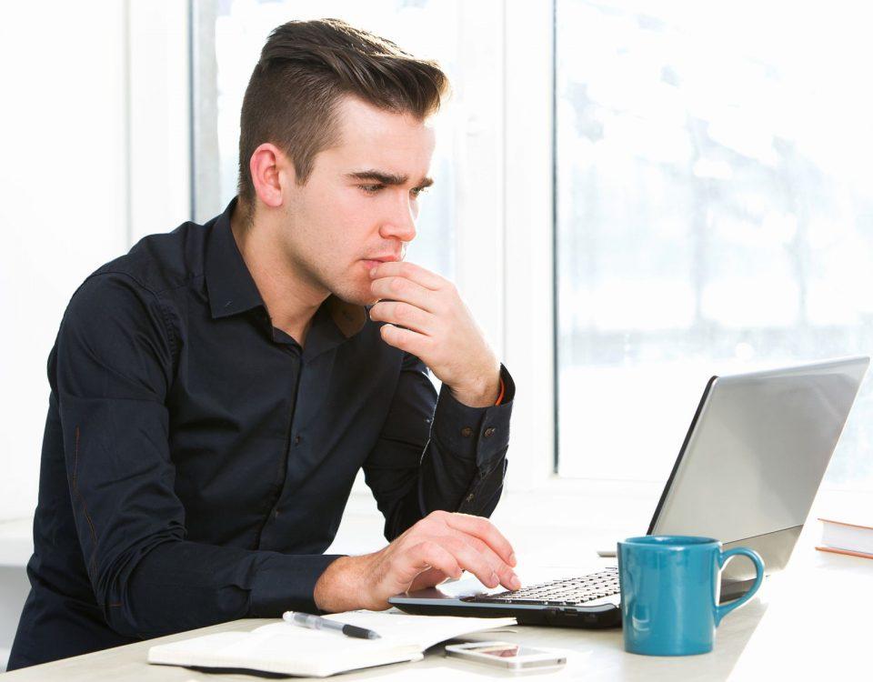 kto musi zarejestrować się do VAT biuro rachunkowe Poltax Toruń